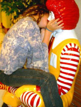 http://robertstevenson.files.wordpress.com/2008/08/kissing_ronald1.jpg